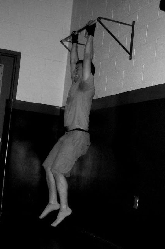 Here I am doing a workout inspired by Gym Jones, 2009. Pain never felt so good.