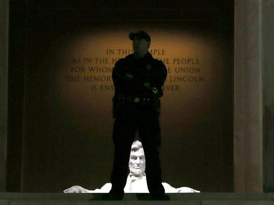 Lincoln Memorial Government Shutdown