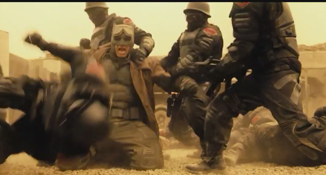 Batman v Superman desert